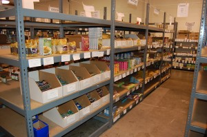 Cooperative grocery shelves